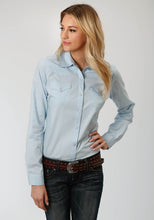 Instock Solid Poplin Cowboycode Womens Long Sleeve Solid Poplin - Lt Blue