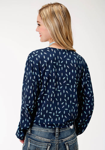 Five Star Collection- Fall Iii 5star Womens Long Sleeve 9891 Feather Printed Rayon Blouse