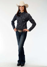 Ladies Amarillo Collection- Black Jack Amarillo Womens Long Sleeve Shirt 0973 Stipple Paisley