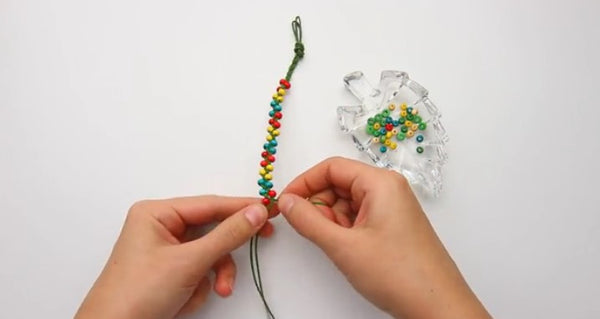 how to make bracelets with beads