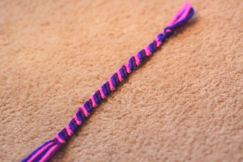 how to make a friendship bracelet with 6 strings