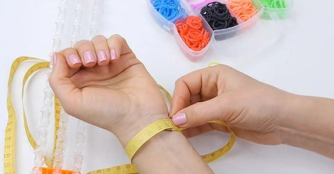 how to measure your wrist for your bracelet