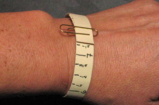 how to measure your wrist for bracelets