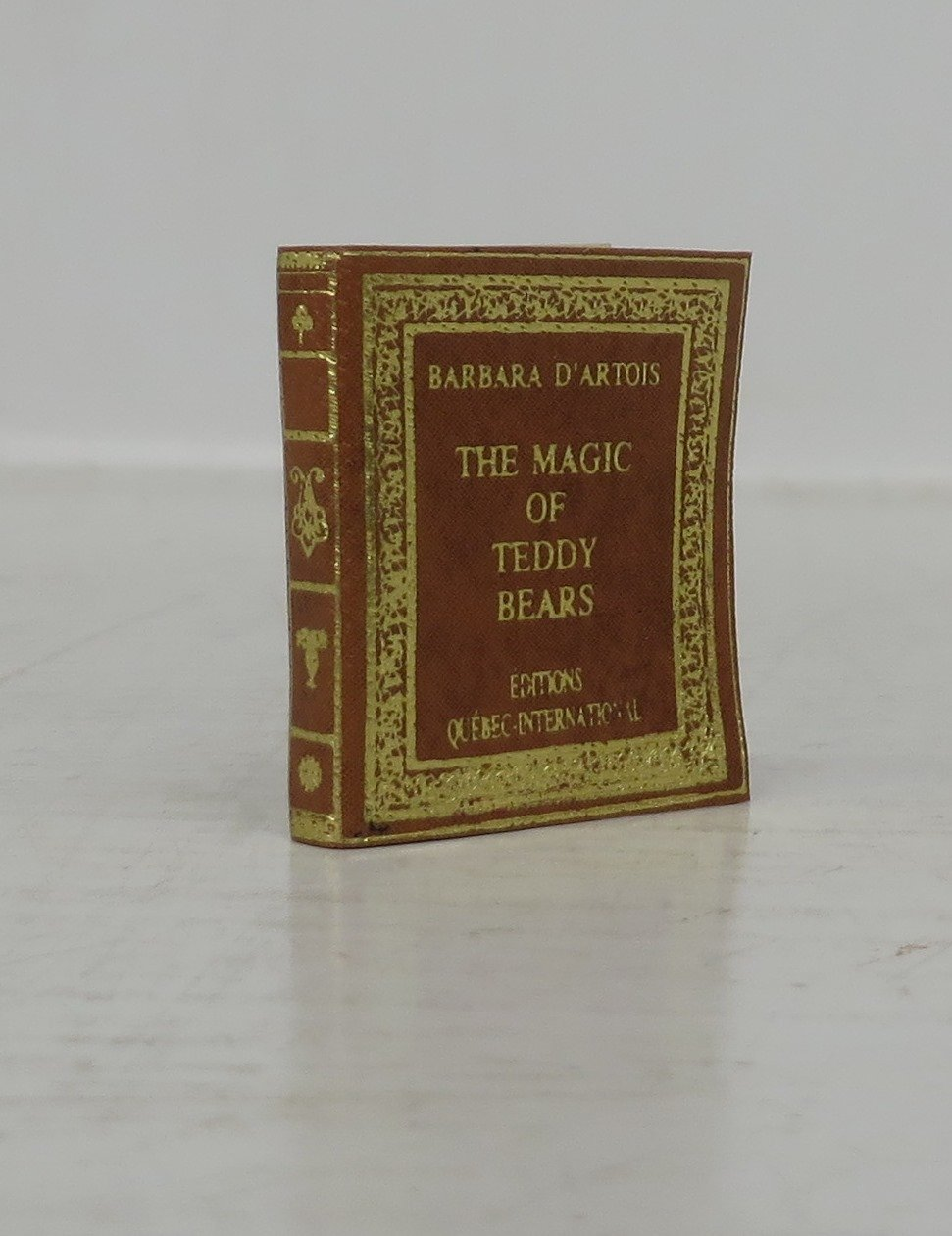 The Magic of Teddy Bears (Miniature Book)