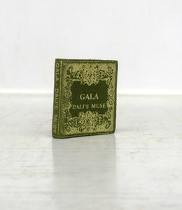 Gala: Dali's Muse (Miniature book)
