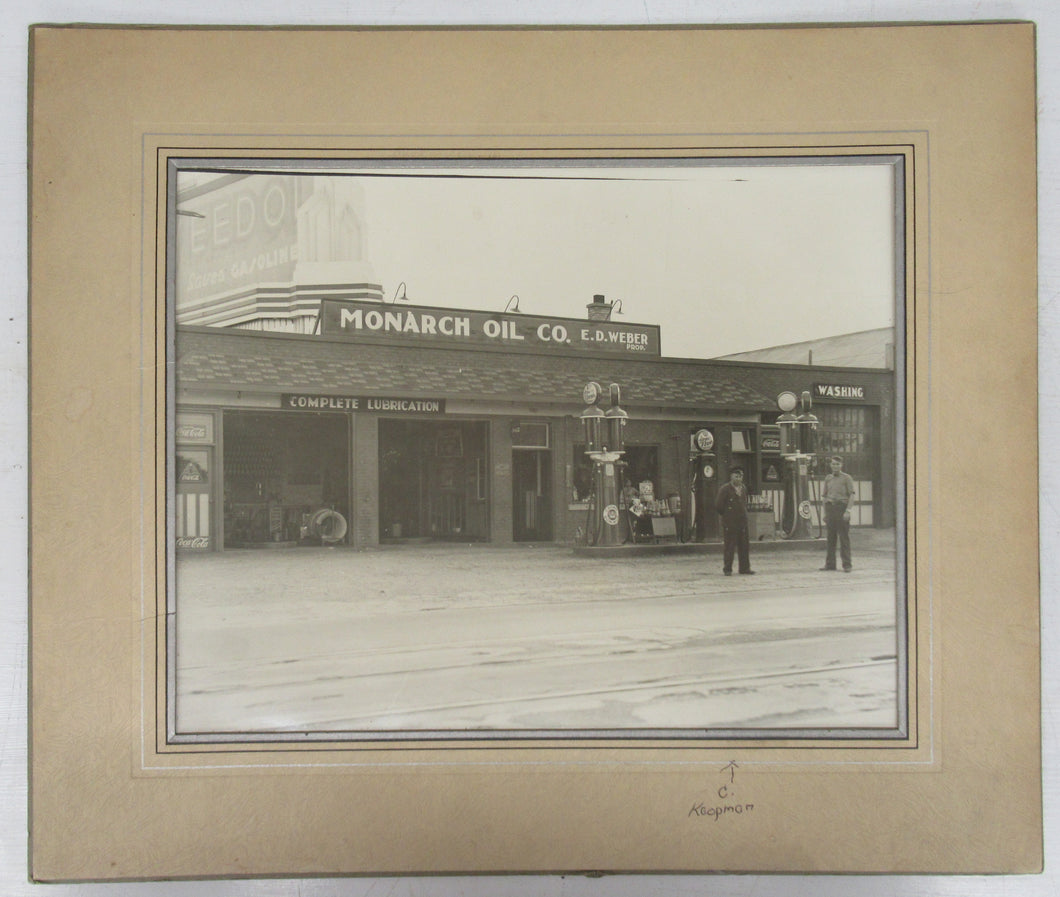 Monarch Oil Co. photo