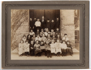 Photograph of Junior Second class, Courtland Avenue School, Kitchener, Ontario, 1923