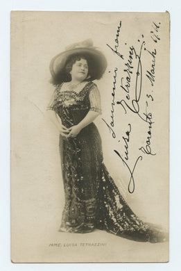 Inscribed photo postcard of Luisa Tetrazzini