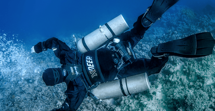 HOW TO CHOOSE FIRST DIVING GEAR?