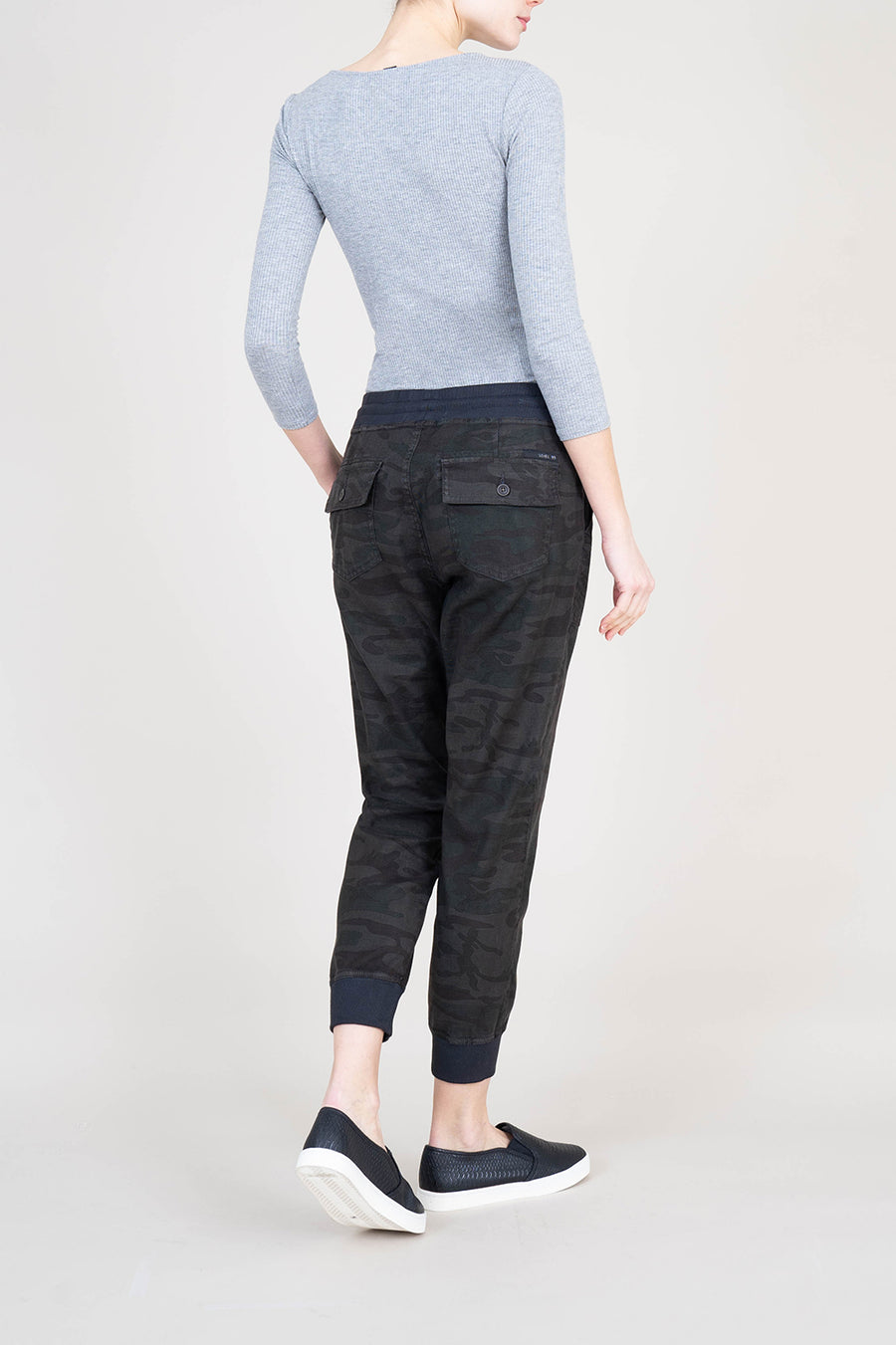 Gabrielle Midnight Camo Jogger - level99jeans