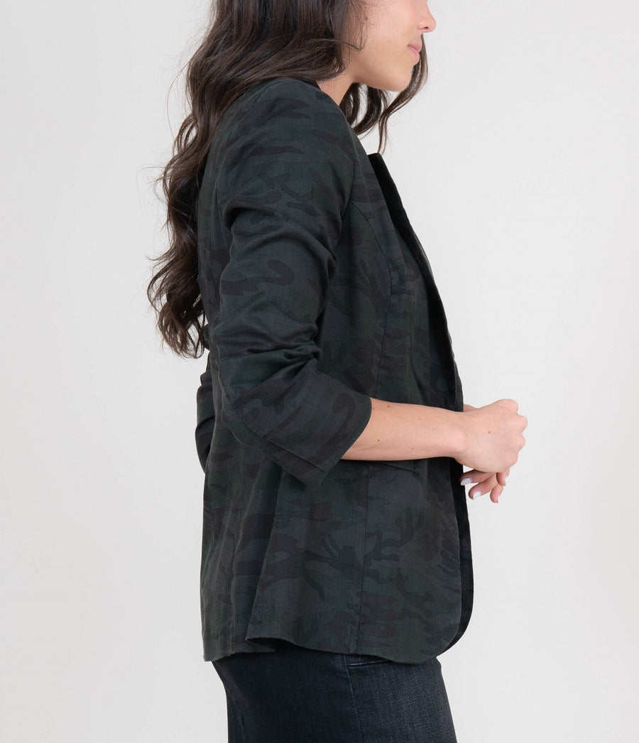 Loretta Midnight Camo Blazer - level99jeans