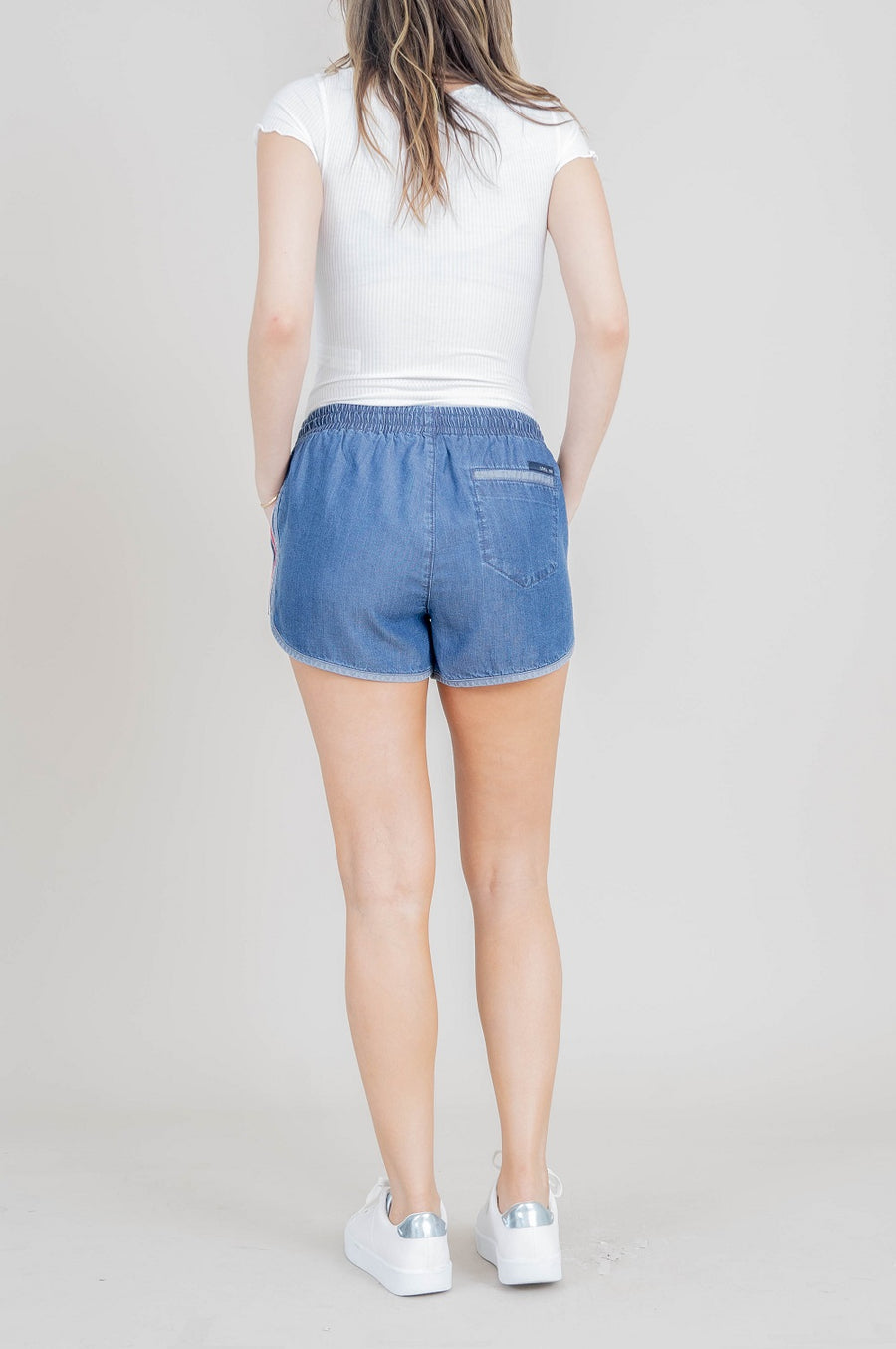 Tara Running Shorts - level99jeans