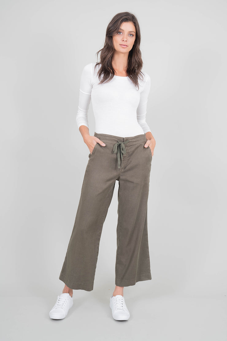 Leila Stretch Linen Crop Flare
