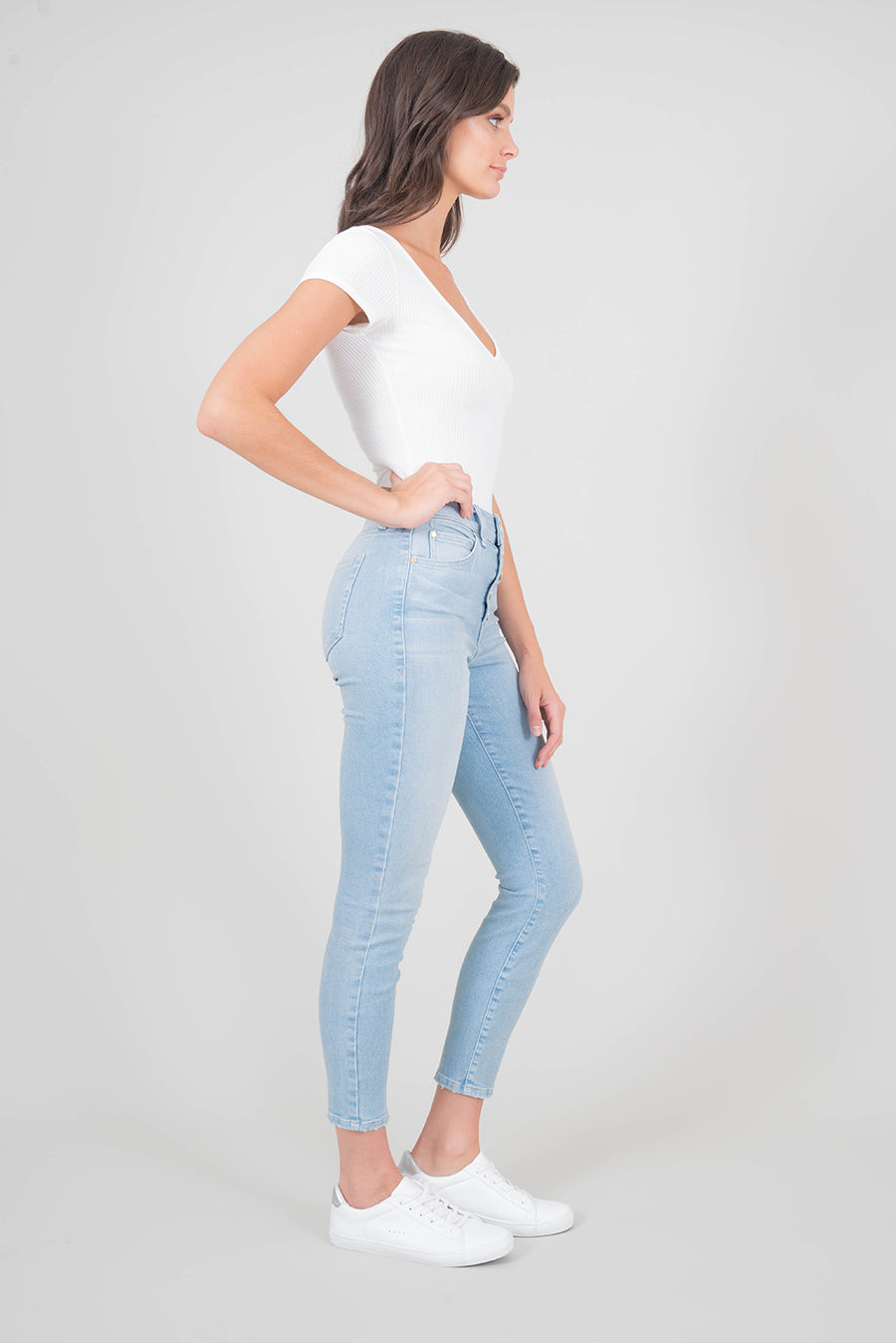 Heidi Exposed Button Skinny - level99jeans