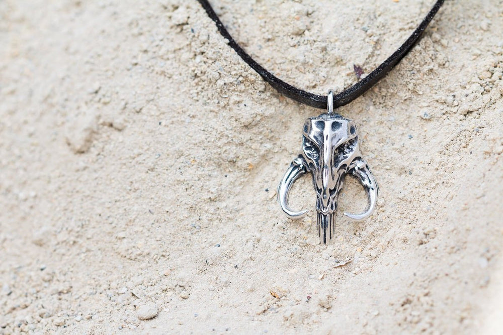 Star Wars™ | RockLove Mythosaur Skull Necklace