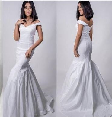 70095 size 6 designer stretch tafetta off shoulder modern wedding dress. Good quality. Cheap on clearance.