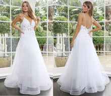 70876 Designer Gown off the rack size 16