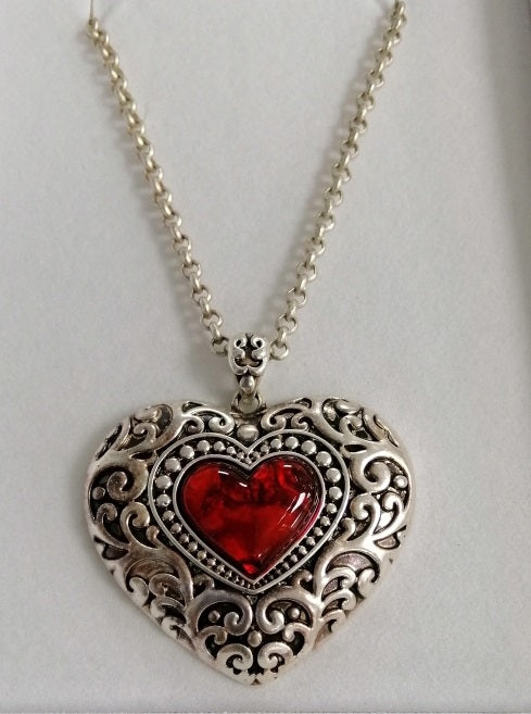BBHEART1 Stunning, silver plated, heart charm