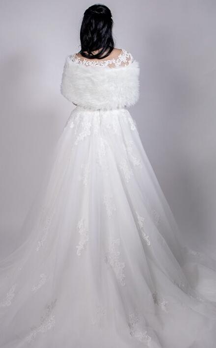Faux fur off white shrug / vintage stole. Bridal accessories. Hollywood Glamour. 1/2 price hire available.
