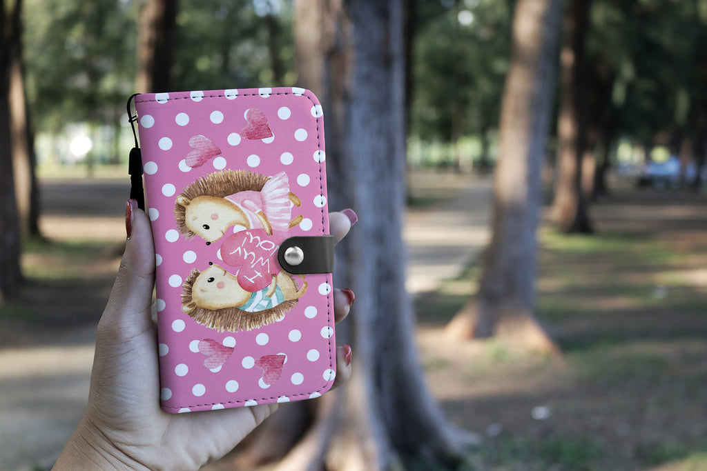 Hedgehog Wallet Phone Case Hold by a hand