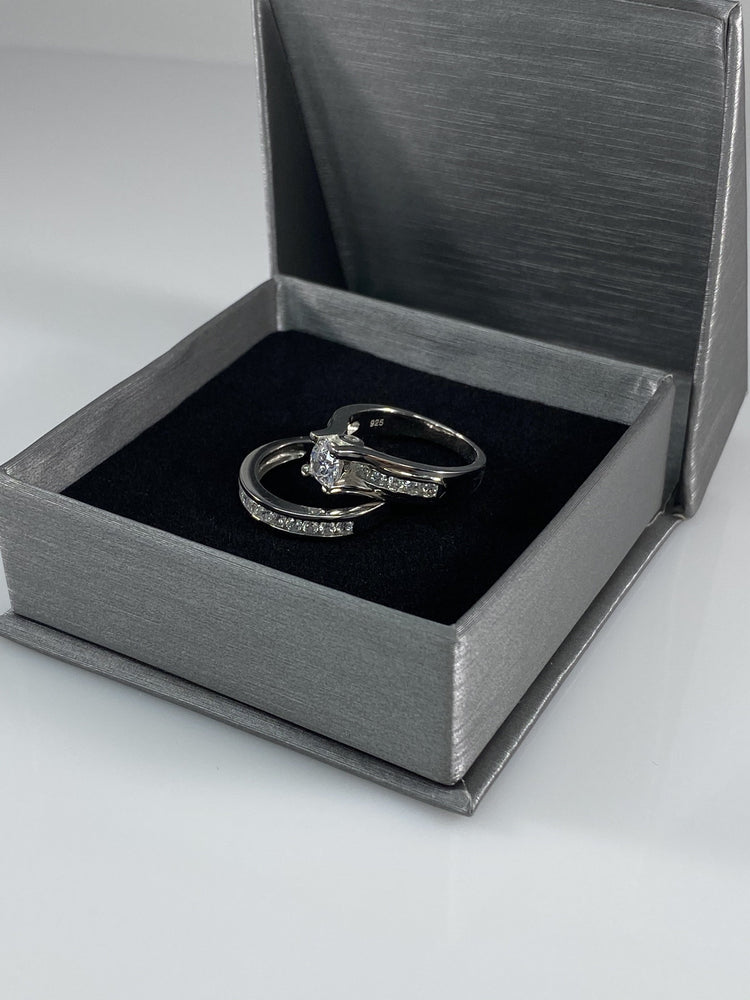 1.30 tcw Round Cut Engagement Ring Set Contemporary Design Solid Silver