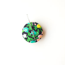 Load image into Gallery viewer, Needle Minder, Design #20