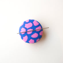 Load image into Gallery viewer, Needle Minder, Design #23