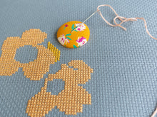 Load image into Gallery viewer, Needle Minder, Design #66