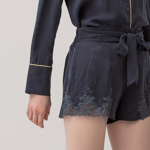 Female Cupro lace shorts