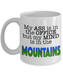 My mind is in the MOUNTAINS - Honeybee's Tees