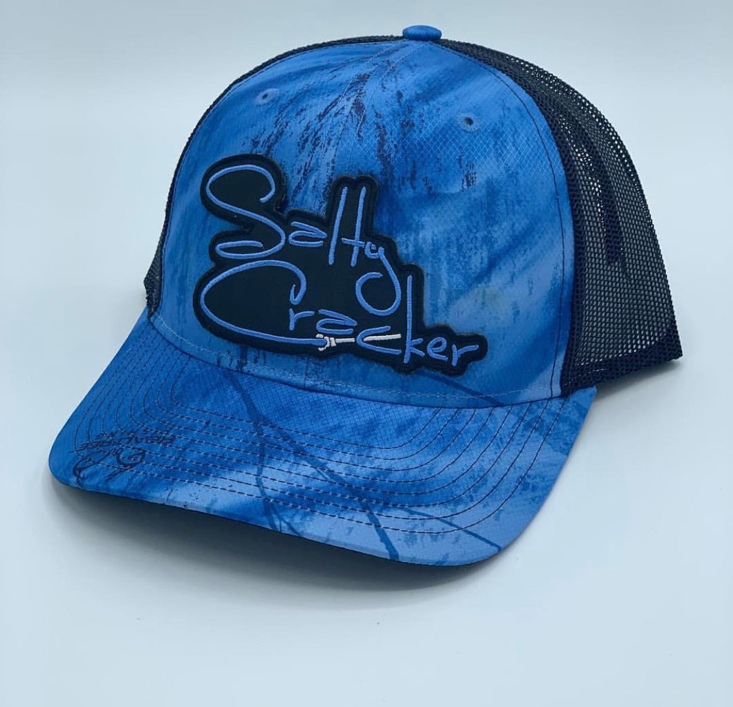 Salty Cracker Realtree Fishing logo patch Hat
