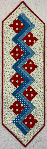 Polka Dot Piecrust Runner