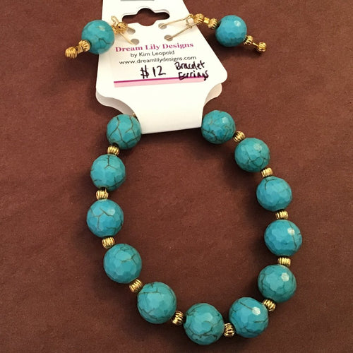 Round turquoise and gold bracelet and earrings