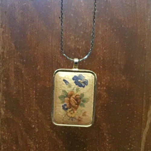 Antique floral pendant necklace