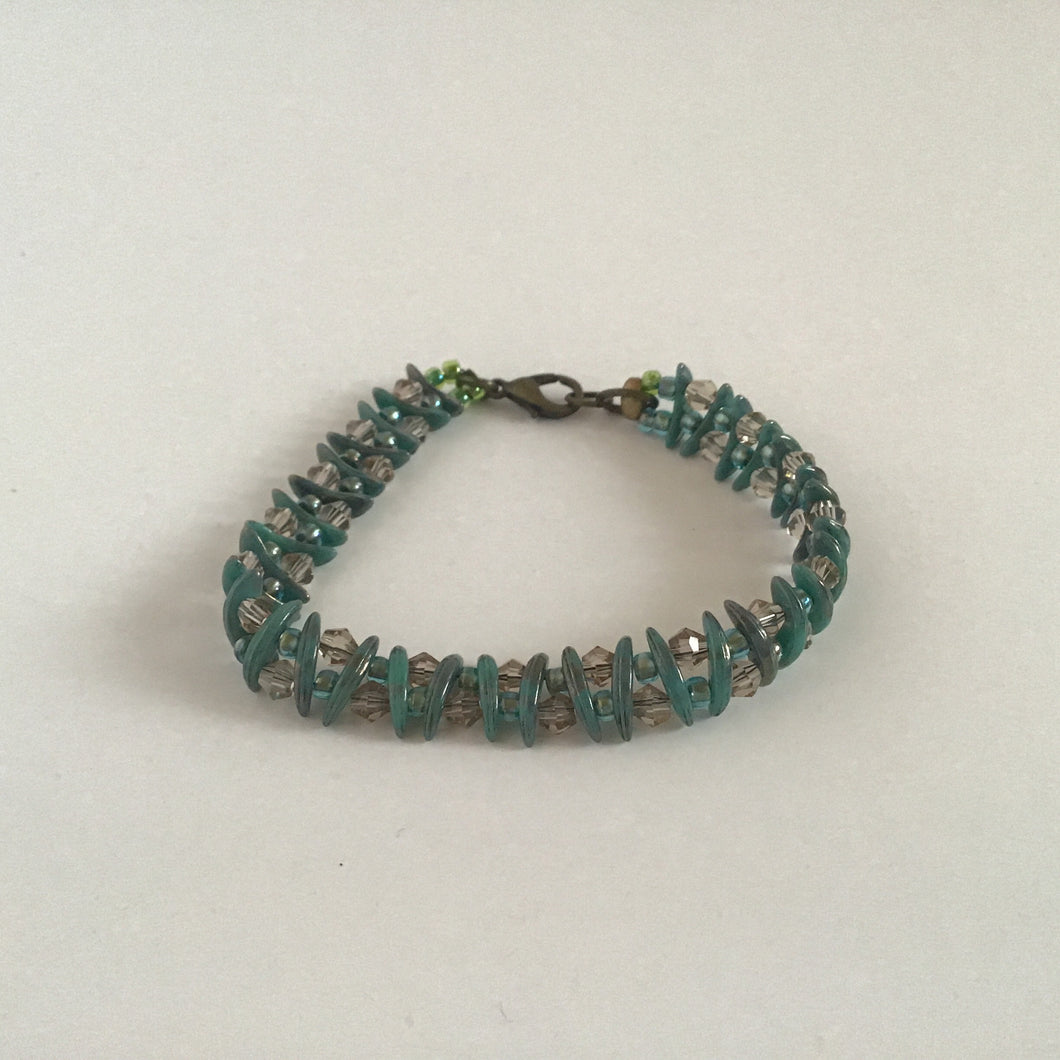 Teal and crystal dangle bracelet with clasp