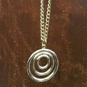 Concentric circle gold look necklace