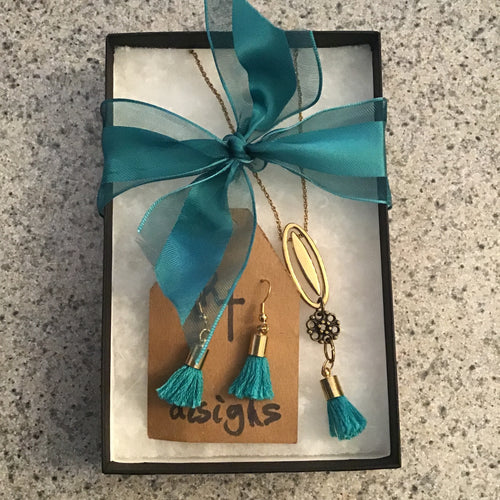 Teal earring and necklace box set
