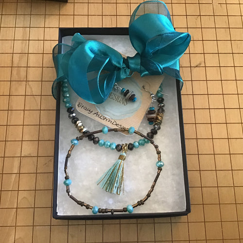 Teal and Brown Stacy Austin necklace, bracelet, and earring box set