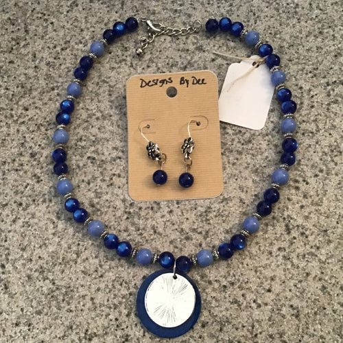 Necklace and earring set - blue beads, round silver pendant