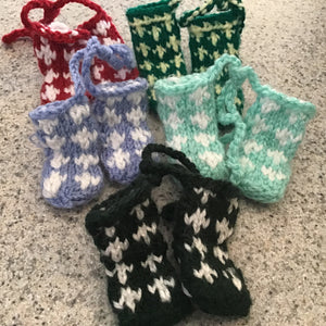 Knitted booties Christmas ornament, made in Bosnia, fair trade