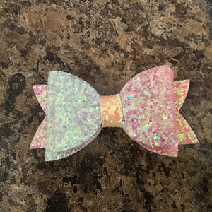 Glitter bow with gold band, on hair clip