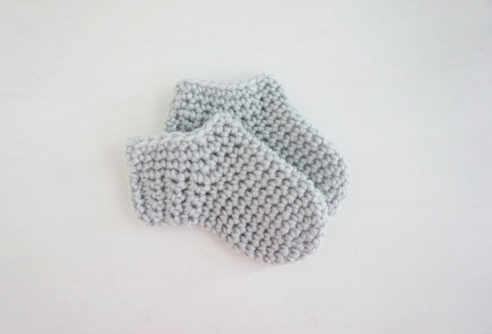 Crochet Newborn Baby Socks Pattern