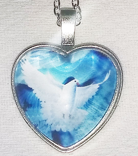Beautiful White Dove Photo Cabochon Necklace Pendant with Link Chain