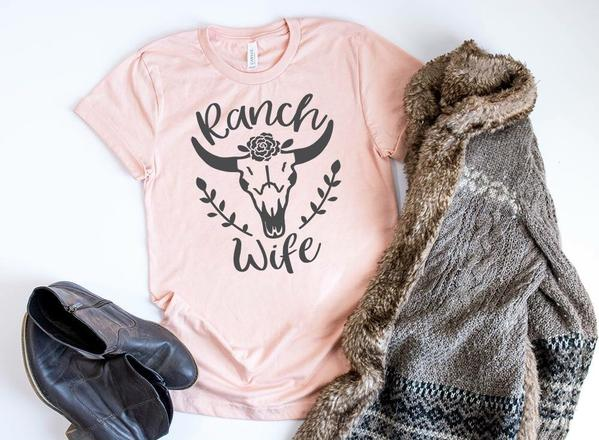 """Ranch Wife' T-Shirt"
