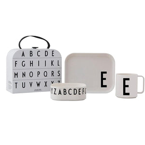 Design Letters Classics in a suitcase från Design Letters