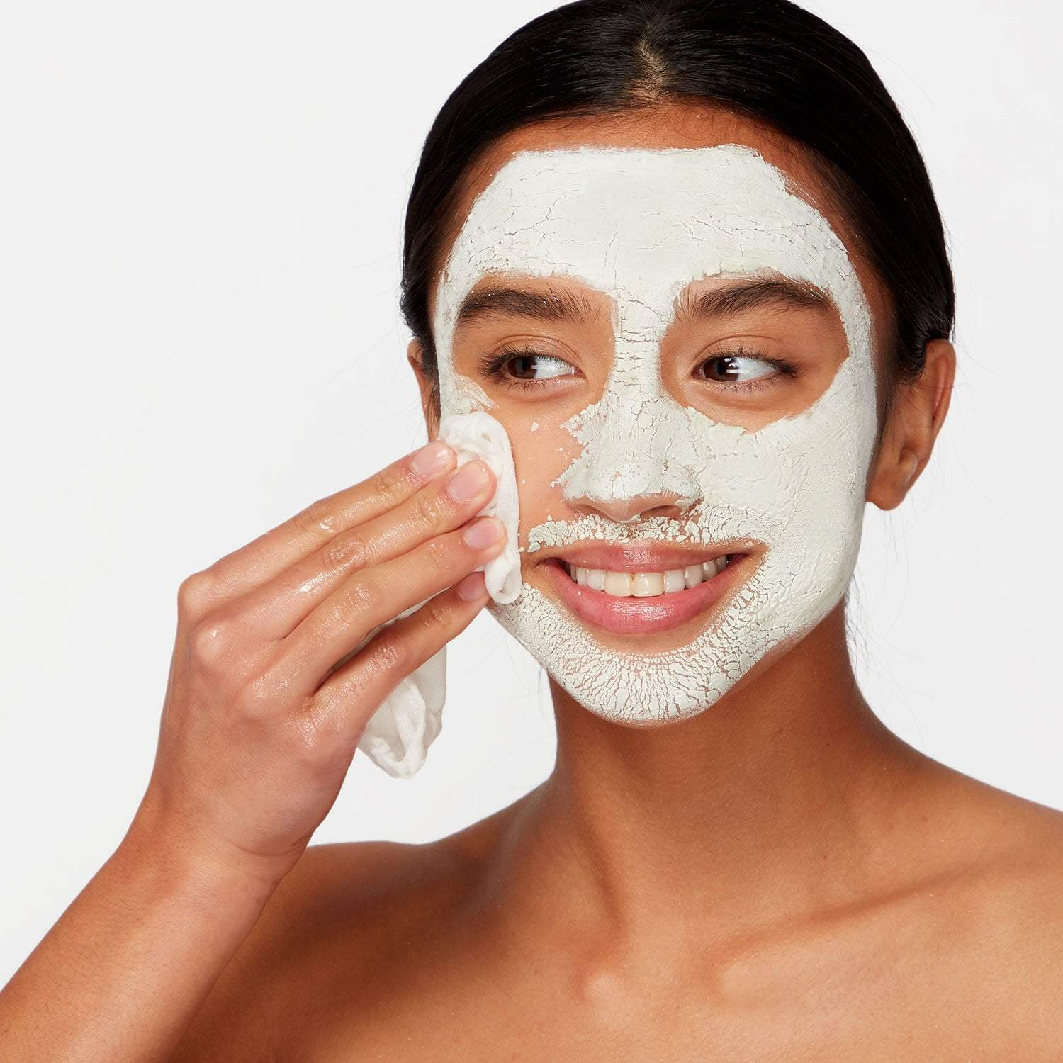 Purifying clay mask decogests oily and combination skin.