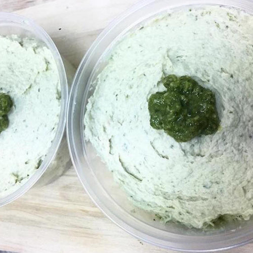 dip chicken and pesto