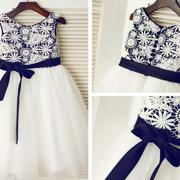 Unique Navy Sleeveless Covered Buttons Tulle Flower Girl Dresses With Lace Appliques, Cute Flower Girl Dresses With Sash, VB01139