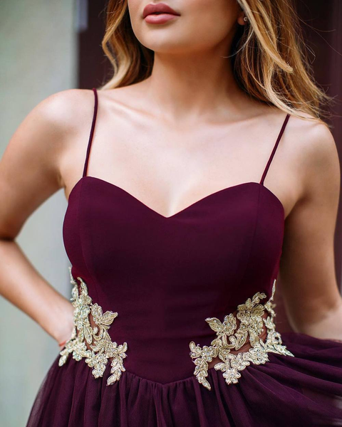 Halter Burgundy Gold Lace Applique Short Homecoming Dresses Online, VB0133