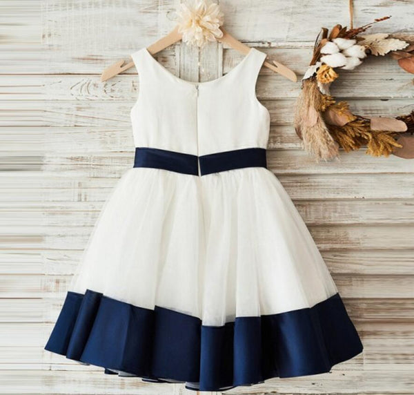 Cute Round Neck Zipper Up Simple Flower Girl Dresses With Bow Sash, VB0632
